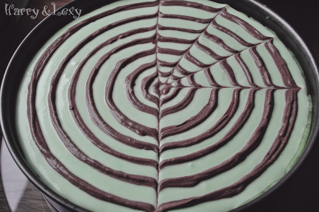 how-to-make-spiderweb-cheesecake