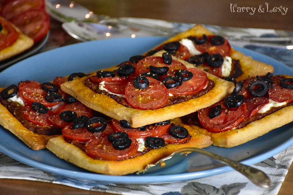 Black Olives and Ricotta Puff Tarts Recipe - Harry and ...