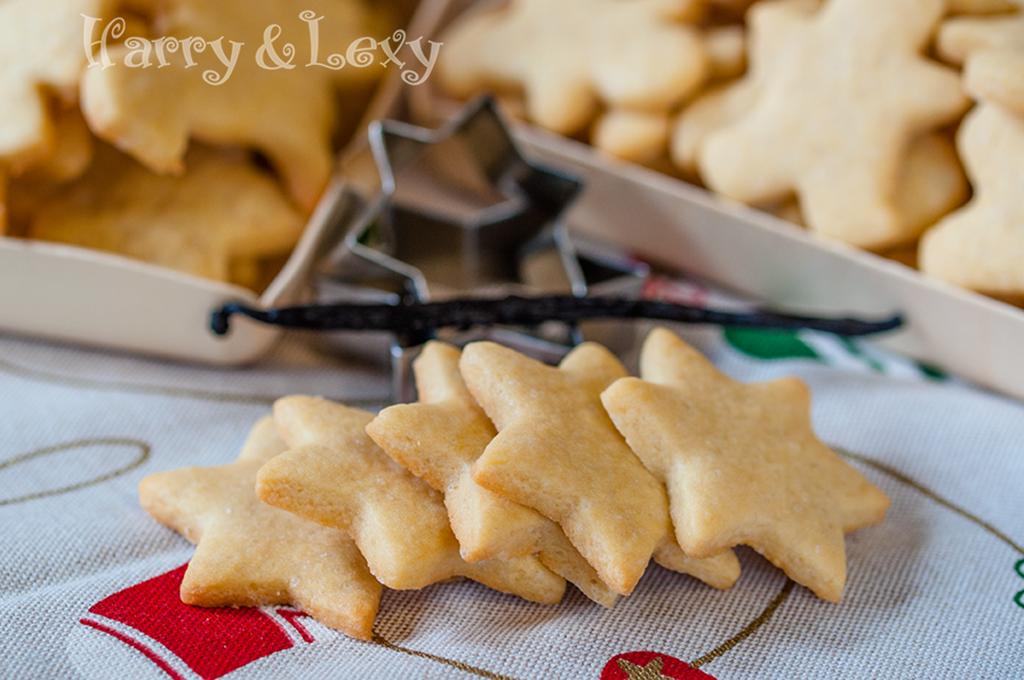 Christmas Vanilla Cookies