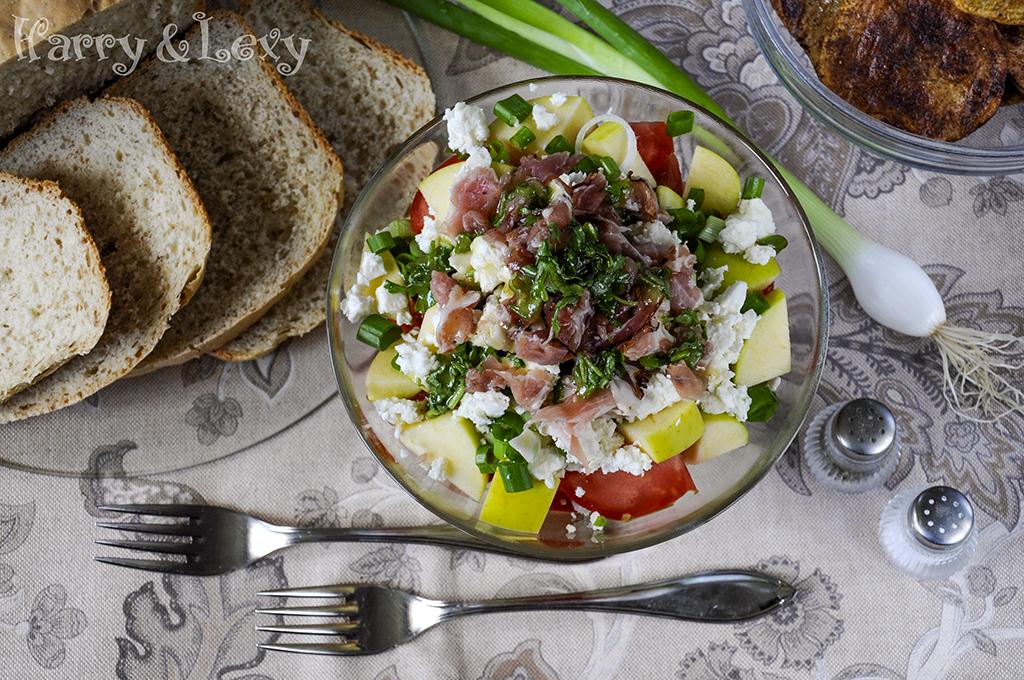 Summer Tomato Cantaloupe Salad