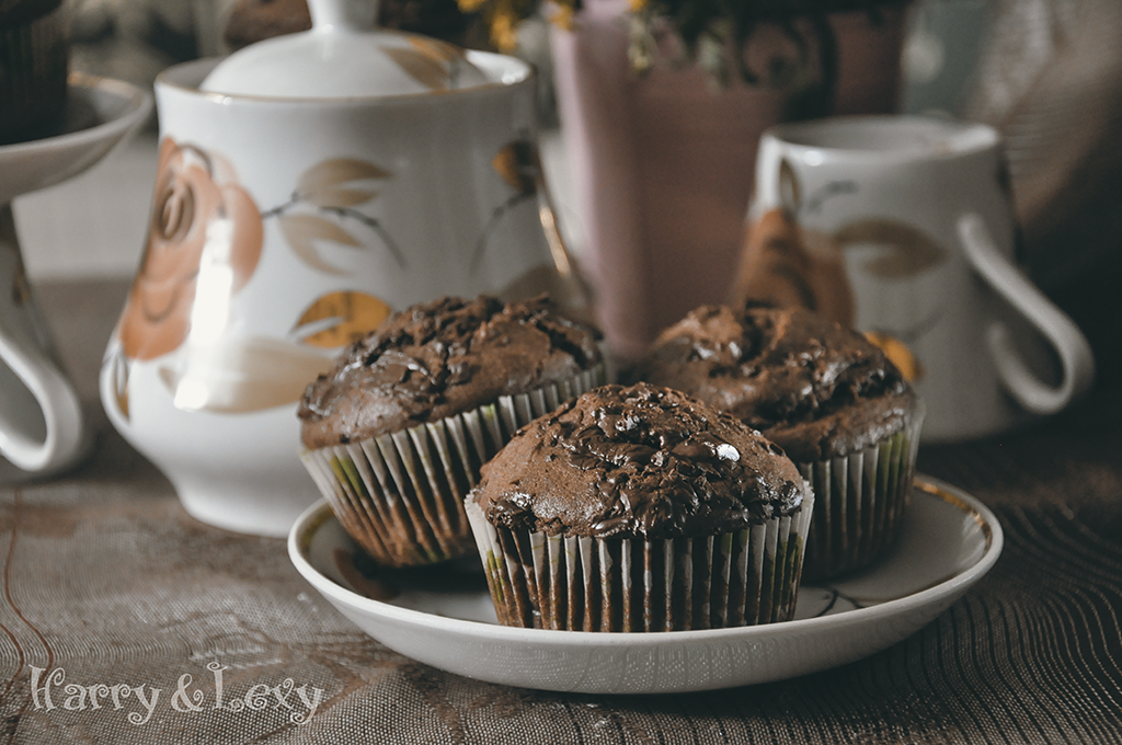 the-best-double-chocolate-muffins