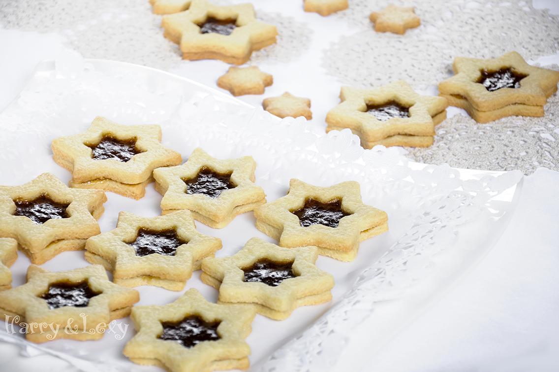 Linzer Star Sandwich Cookies