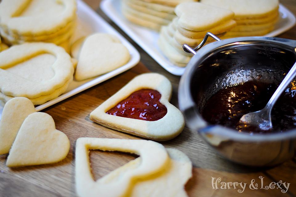 Strawberry Jam Linzer Cookies