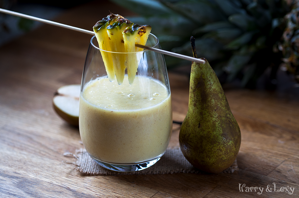 Pineapple Pear Smoothie