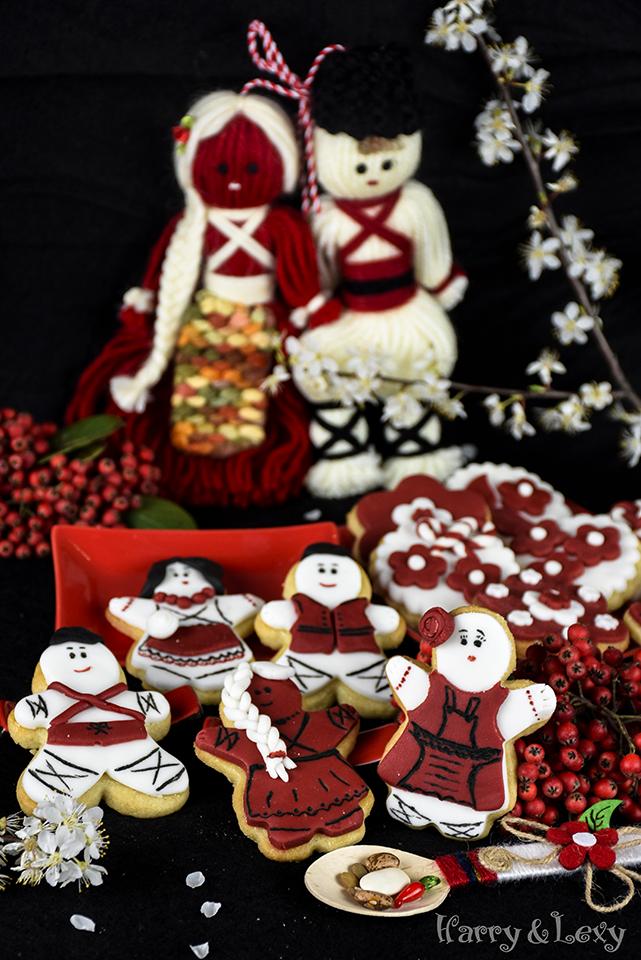 Martenitsi - Bulgarian Sugar Cookies with Fondant