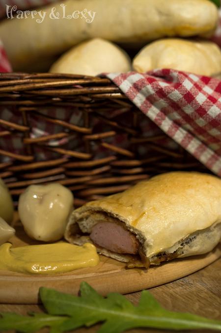 Breakfast Sausage Rolls