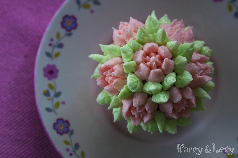 Flower Buttercream Frosting